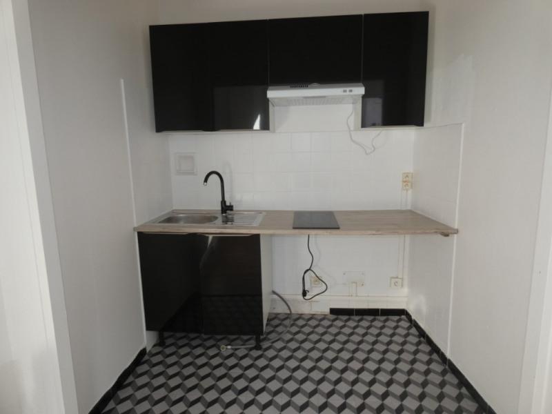 Rental apartment Montreal 395€ CC - Picture 3