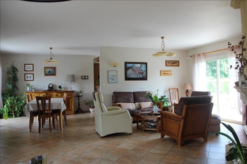 Sale house / villa Corsept 340000€ - Picture 2