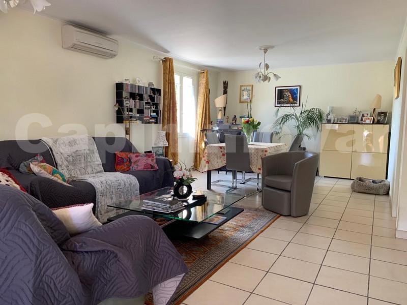 Sale house / villa Le beausset 390000€ - Picture 5