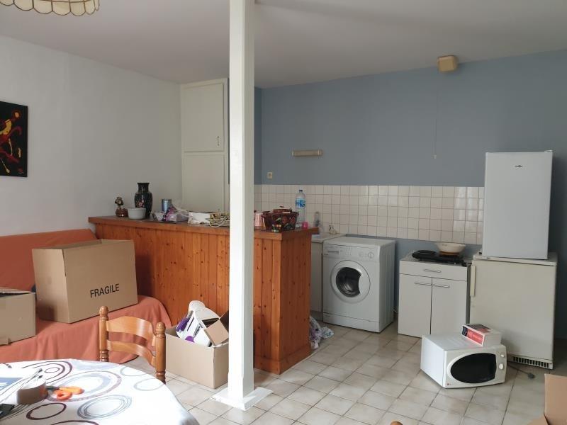Location maison / villa St maixent l'ecole 390€ CC - Photo 2