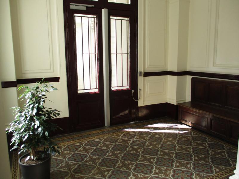 Venta  apartamento Paris 18ème 280000€ - Fotografía 4
