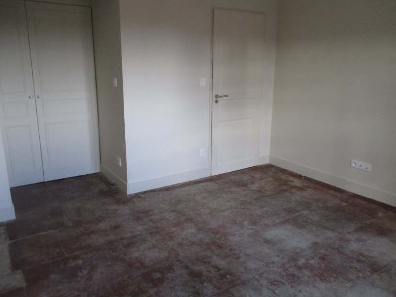 Location appartement Nimes 654€ CC - Photo 7