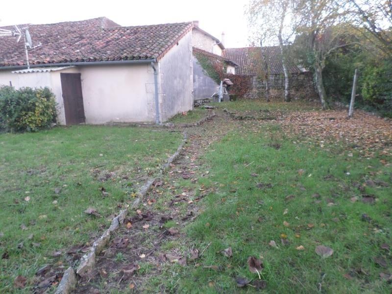 Vente maison / villa Civaux 86000€ - Photo 1