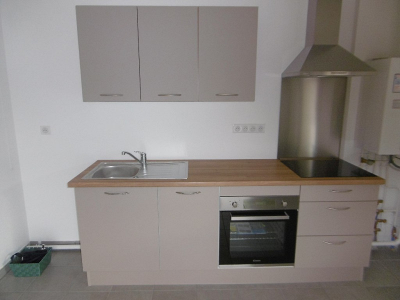 Rental apartment Thann 690€ CC - Picture 2