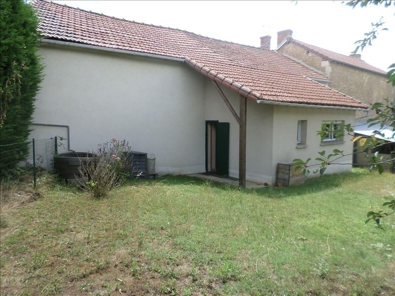 Vente maison / villa Civaux 117000€ - Photo 2
