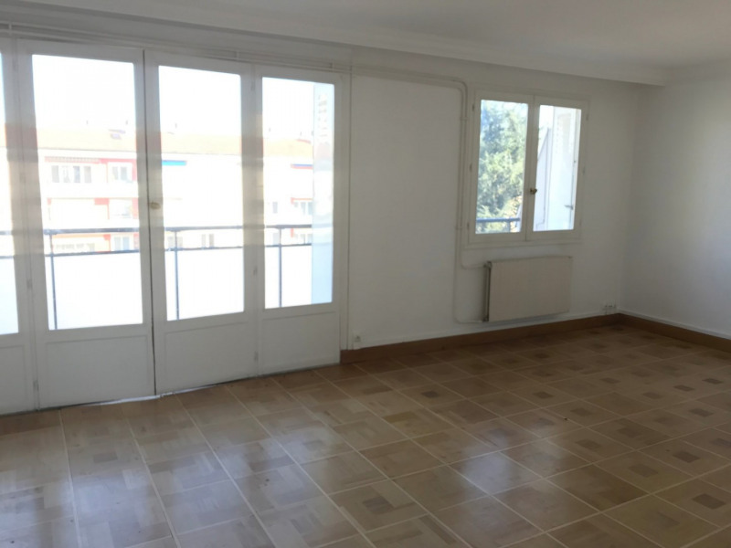 Sale apartment Tassin la demi lune 190 000€ - Picture 2