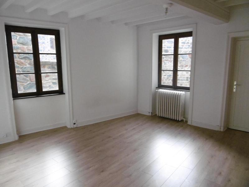Location maison / villa Bully 850€ CC - Photo 8