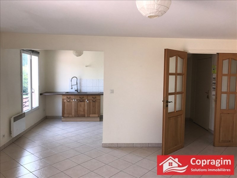 Investment property apartment Montereau fault yonne 135 000€ - Picture 2