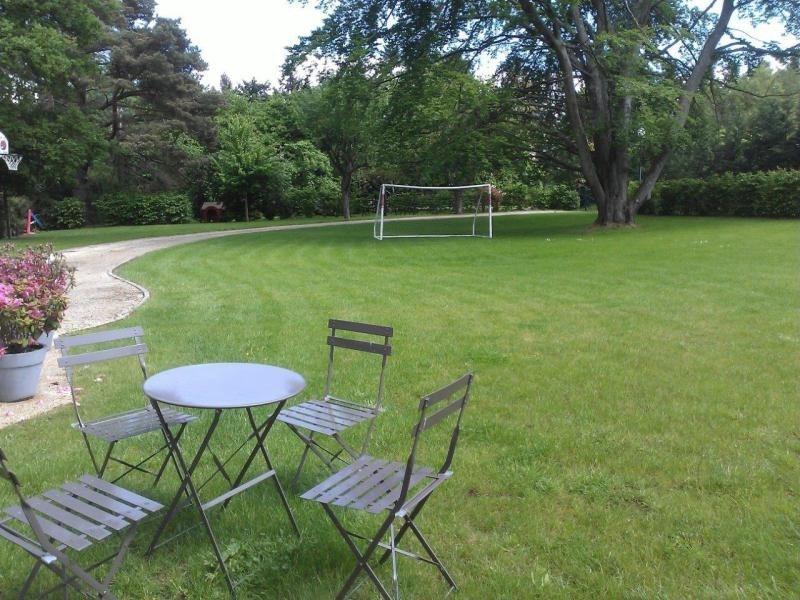 Sale house / villa Fontainebleau 653000€ - Picture 2