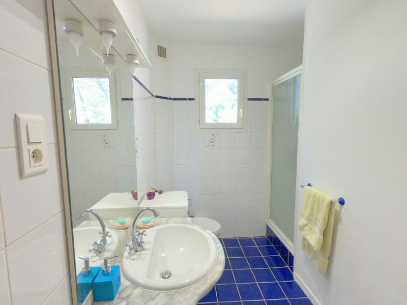 Deluxe sale house / villa Aix en provence 670000€ - Picture 14