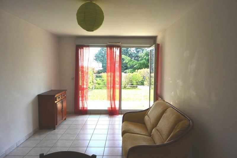Rental apartment Marcy l etoile 660€ CC - Picture 7
