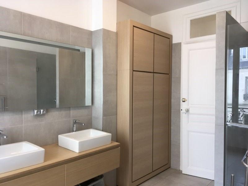 Location appartement Paris 16ème 5895€ CC - Photo 7