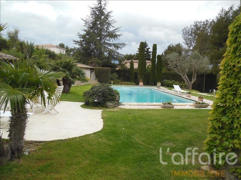 Deluxe sale house / villa Sanary sur mer 1050000€ - Picture 2