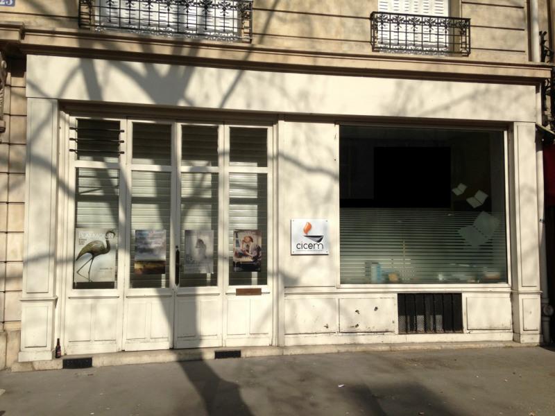 Location local commercial Paris 4ème 2897€ HT/HC - Photo 1