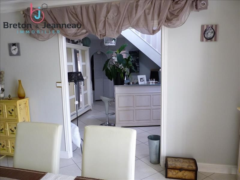 Vente maison / villa Chateau gontier 343 200€ - Photo 4