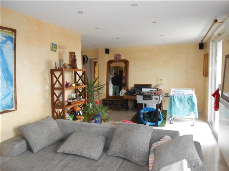 Sale apartment Cannes la bocca 230 000€ - Picture 2