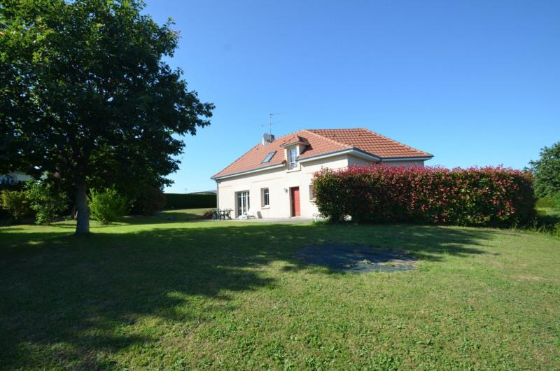 Sale house / villa St amand 228500€ - Picture 2