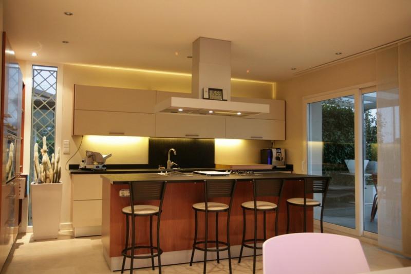 Vente de prestige maison / villa Arthaz-pont-notre-dame 679000€ - Photo 6