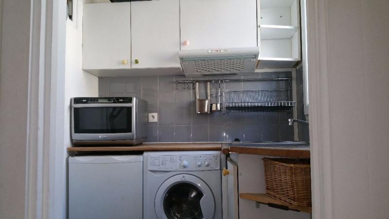 Location appartement Paris 18ème 1179€ CC - Photo 7