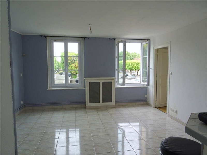 Sale apartment Chambly 117 000€ - Picture 1