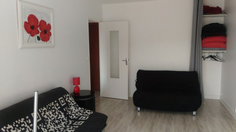 Rental apartment Cagnes sur mer 600€ CC - Picture 2