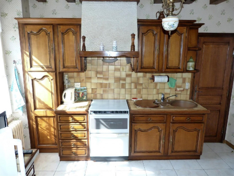 Sale house / villa Fericy 265000€ - Picture 5