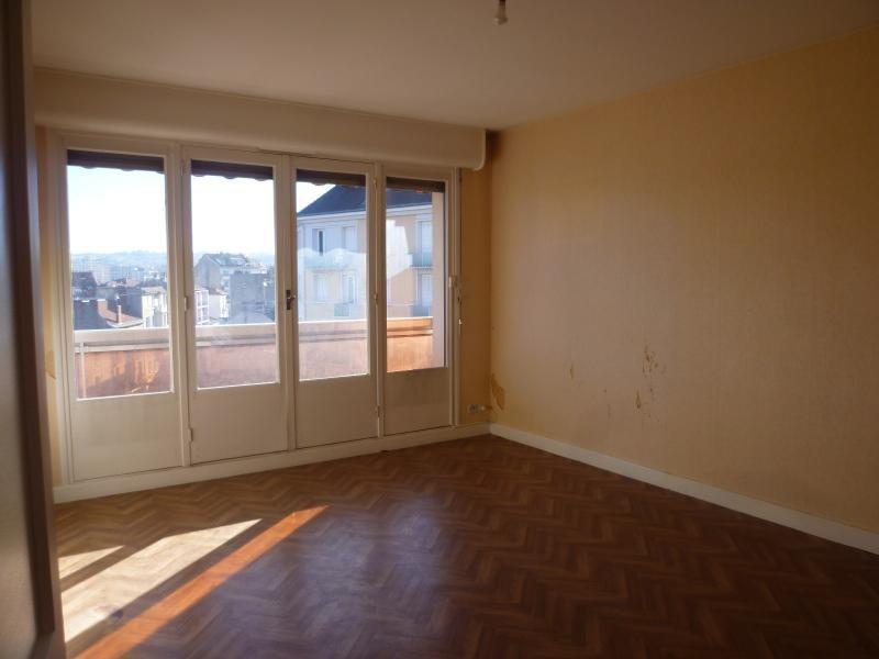 Sale apartment Vichy 86400€ - Picture 2