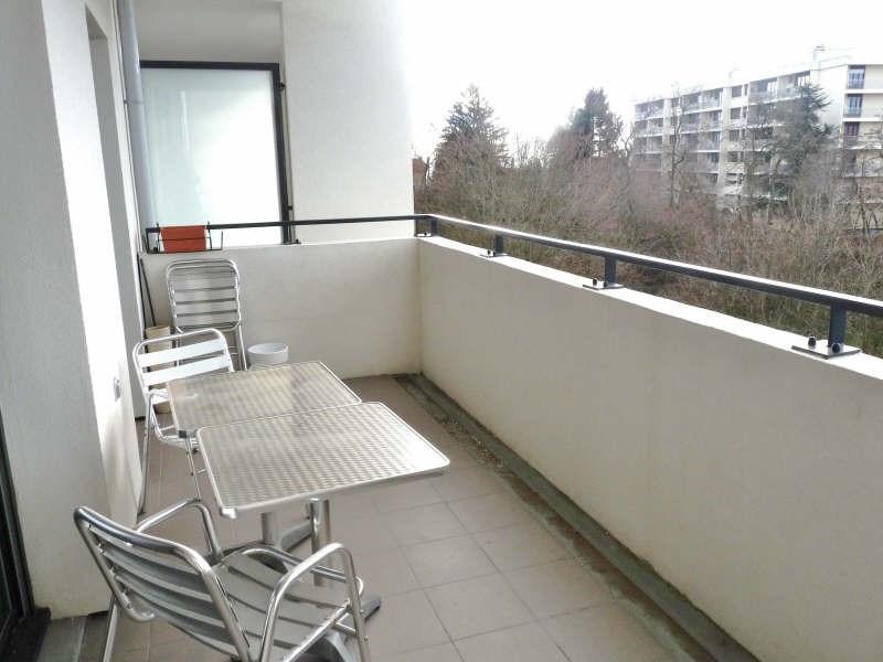 Rental apartment Ste foy les lyon 799€ CC - Picture 5