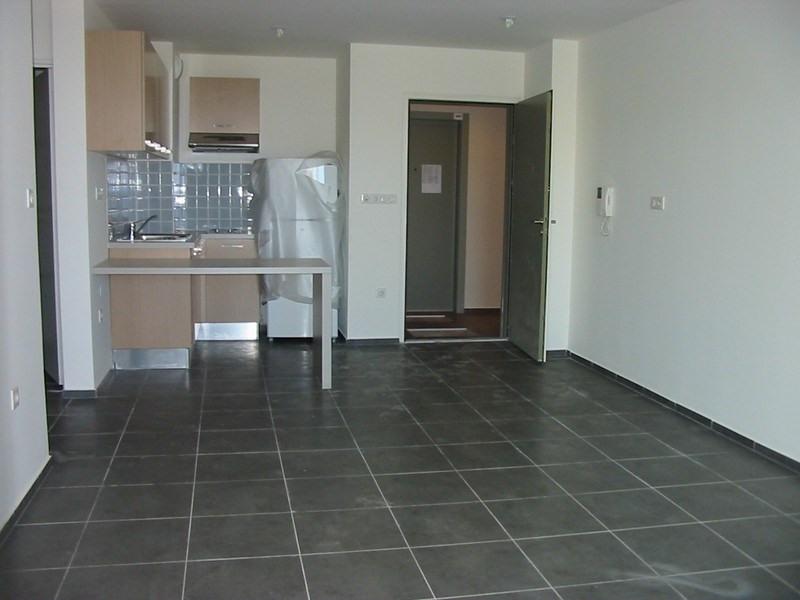Location appartement St denis 590€ CC - Photo 11