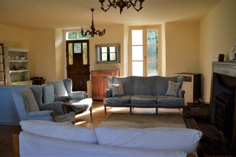 Sale house / villa Renaze 106500€ - Picture 2