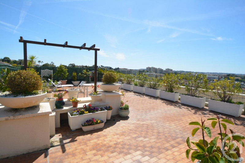 Deluxe sale apartment Antibes 600 000€ - Picture 4