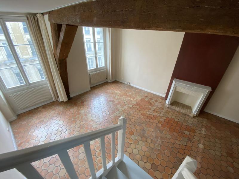 Location appartement Paris 3ème 1757€ CC - Photo 6