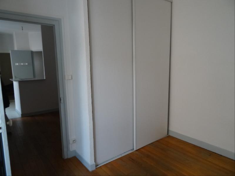 Location appartement Villefranche sur saone 342,50€ CC - Photo 4