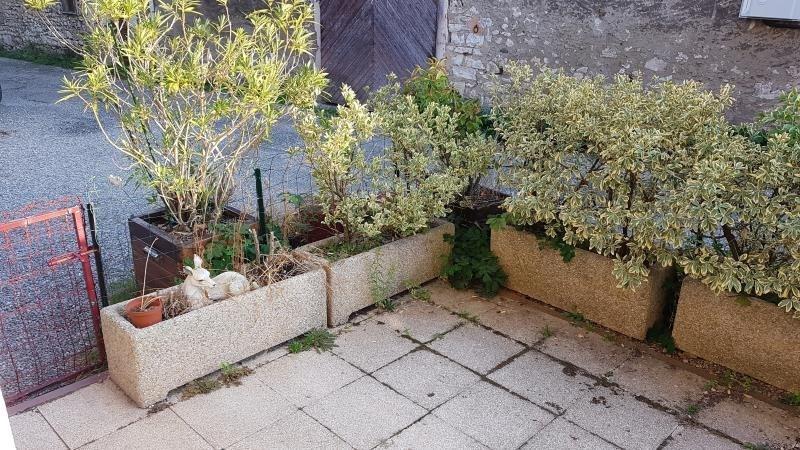 Sale house / villa Ceyzerieu 80000€ - Picture 3