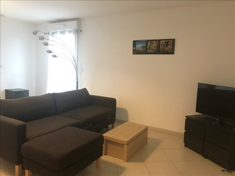 Rental apartment Aix en provence 1 295€ CC - Picture 4