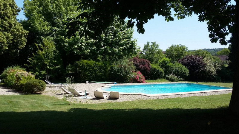 Vente de prestige maison / villa Morestel 779 000€ - Photo 2