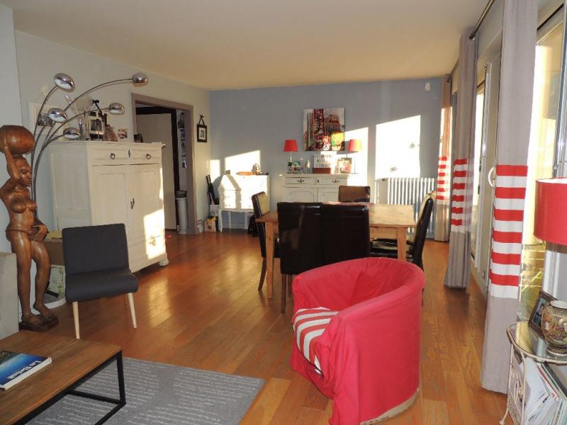 Deluxe sale apartment Le vesinet 490000€ - Picture 1