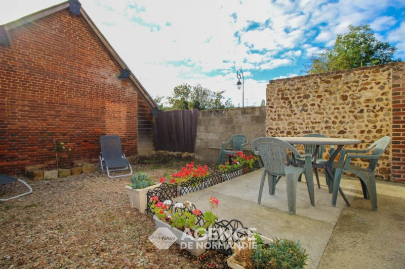 Investment property house / villa Montreuil-l'argillé 89 900€ - Picture 2
