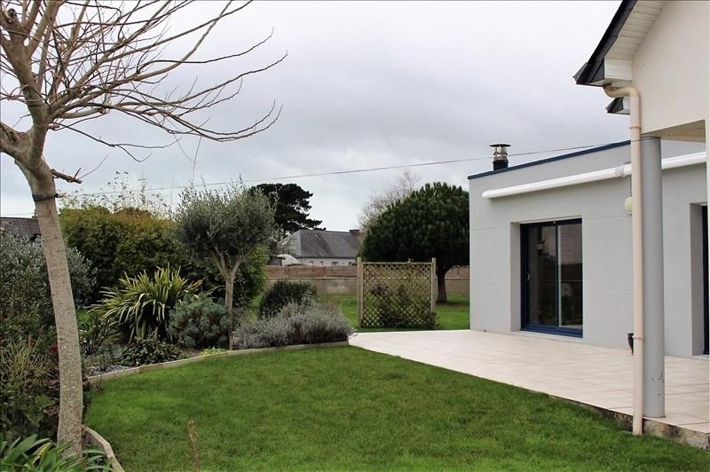 Deluxe sale house / villa Lorient 682500€ - Picture 2