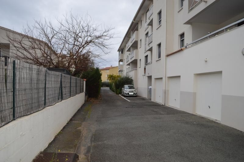 Sale apartment Frejus 230000€ - Picture 3