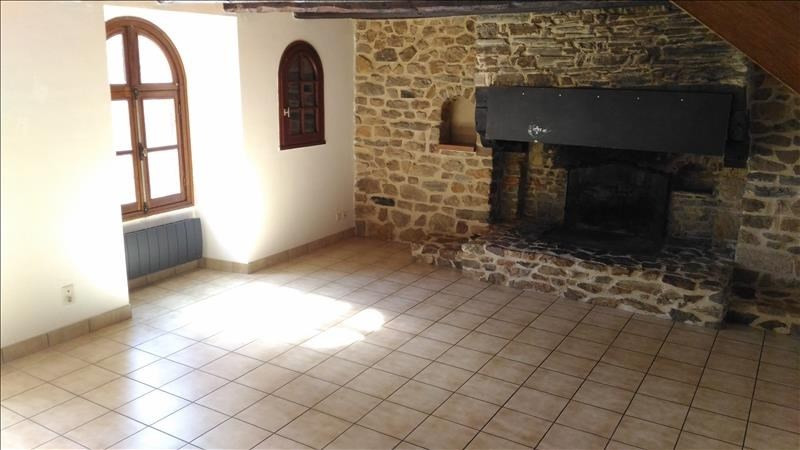 Rental house / villa Brie 780€ CC - Picture 4