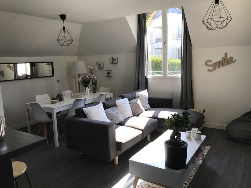 Sale apartment Villennes sur seine 270000€ - Picture 1