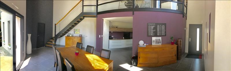 Sale house / villa Bressuire 325730€ - Picture 2