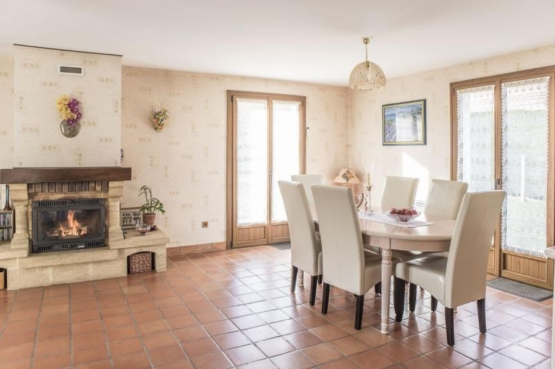 Sale house / villa Gambais 365000€ - Picture 4