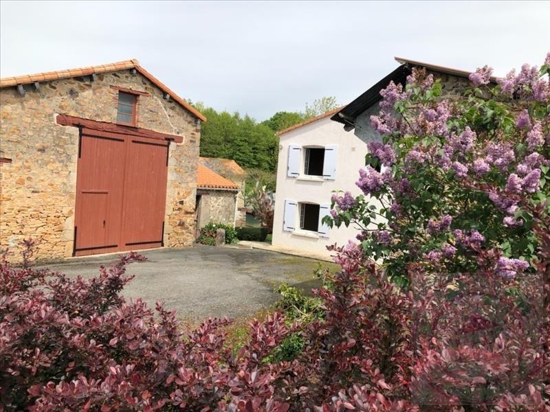Sale house / villa Beaulieu sous la roche 216300€ - Picture 2