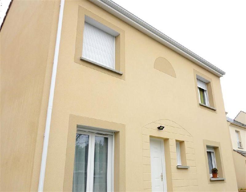 Revenda casa Ste genevieve des bois 369000€ - Fotografia 1