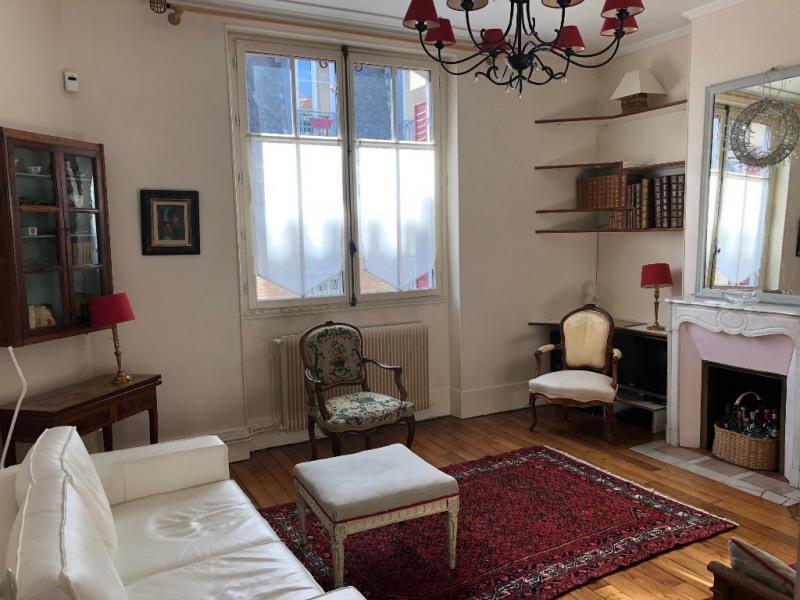Location appartement Saint germain en laye 2310€ CC - Photo 1