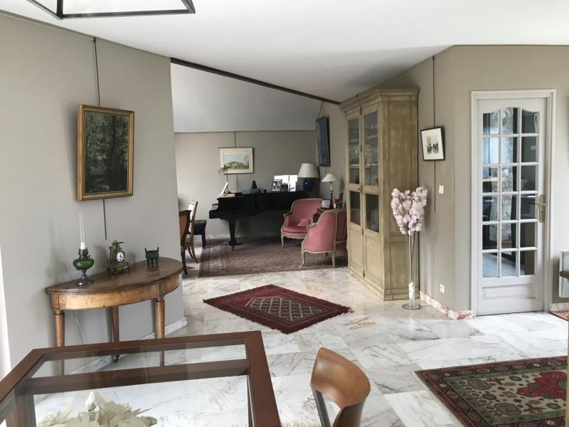 Deluxe sale house / villa Medan 1100000€ - Picture 4