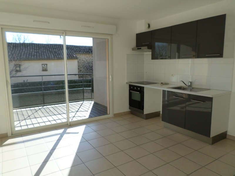 Location appartement Salon de provence 703€ CC - Photo 1