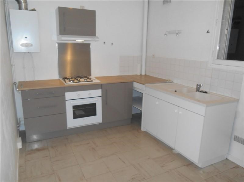 Location appartement Troyes 436€ CC - Photo 2